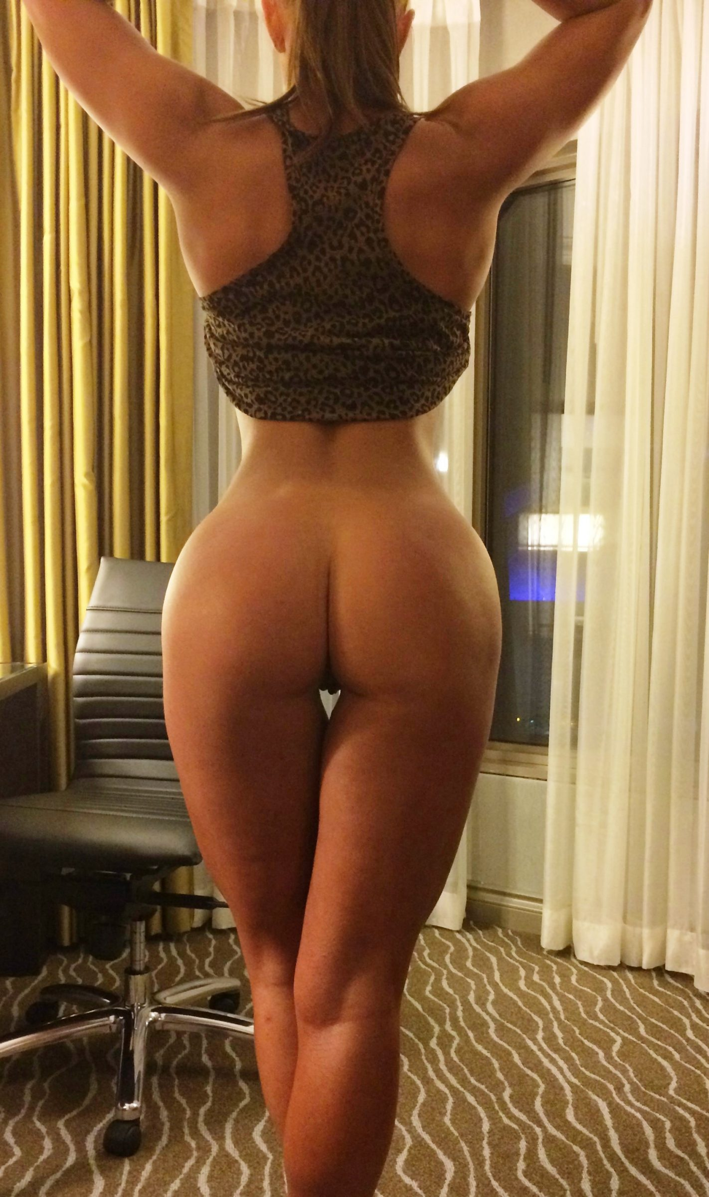 Naked women with nice asses
